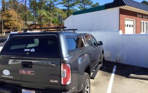 cap-04Bed Cap & Step Bar Truck Accessory